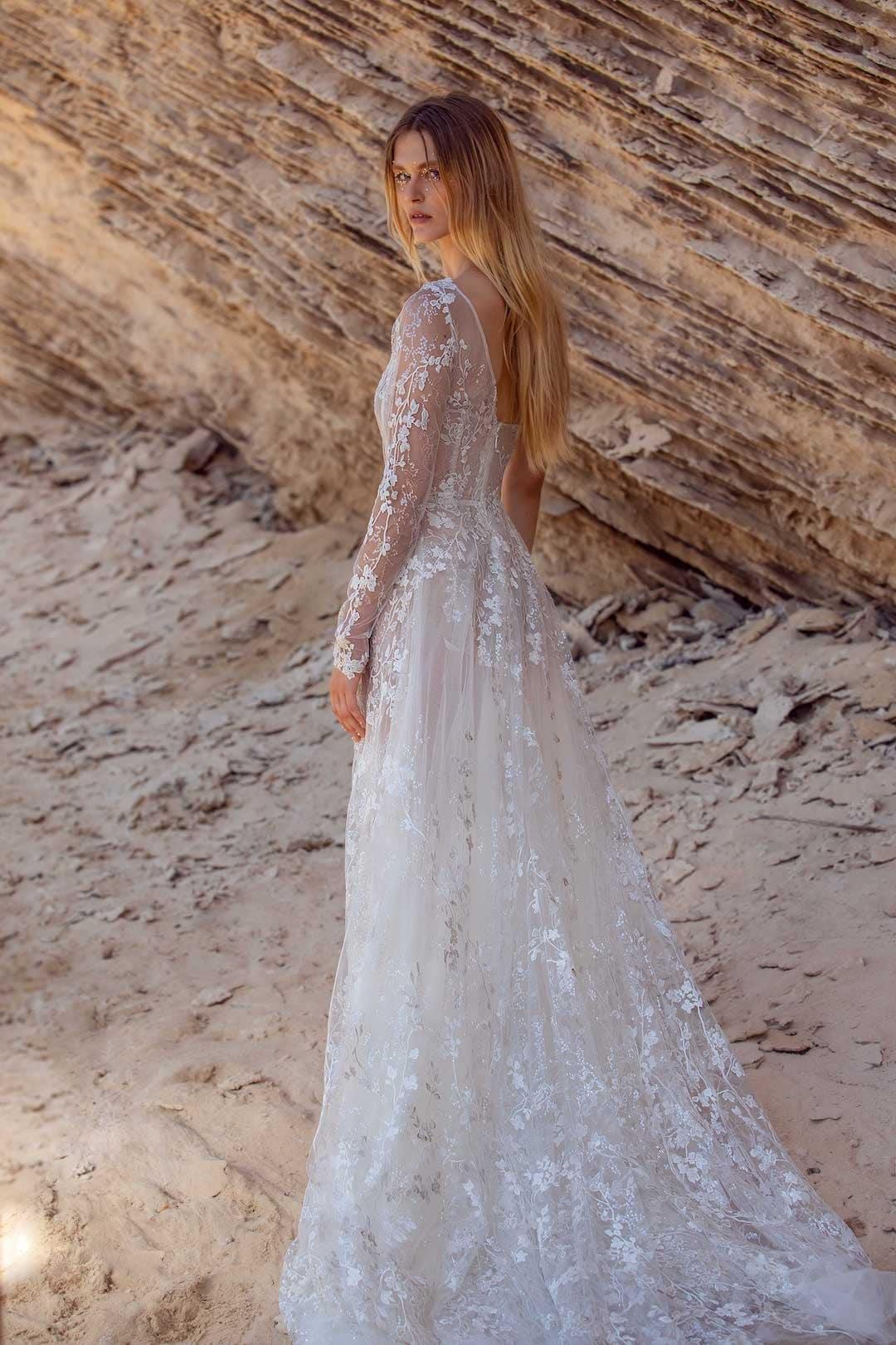 Exkluzív esküvői ruhák - G-407-back