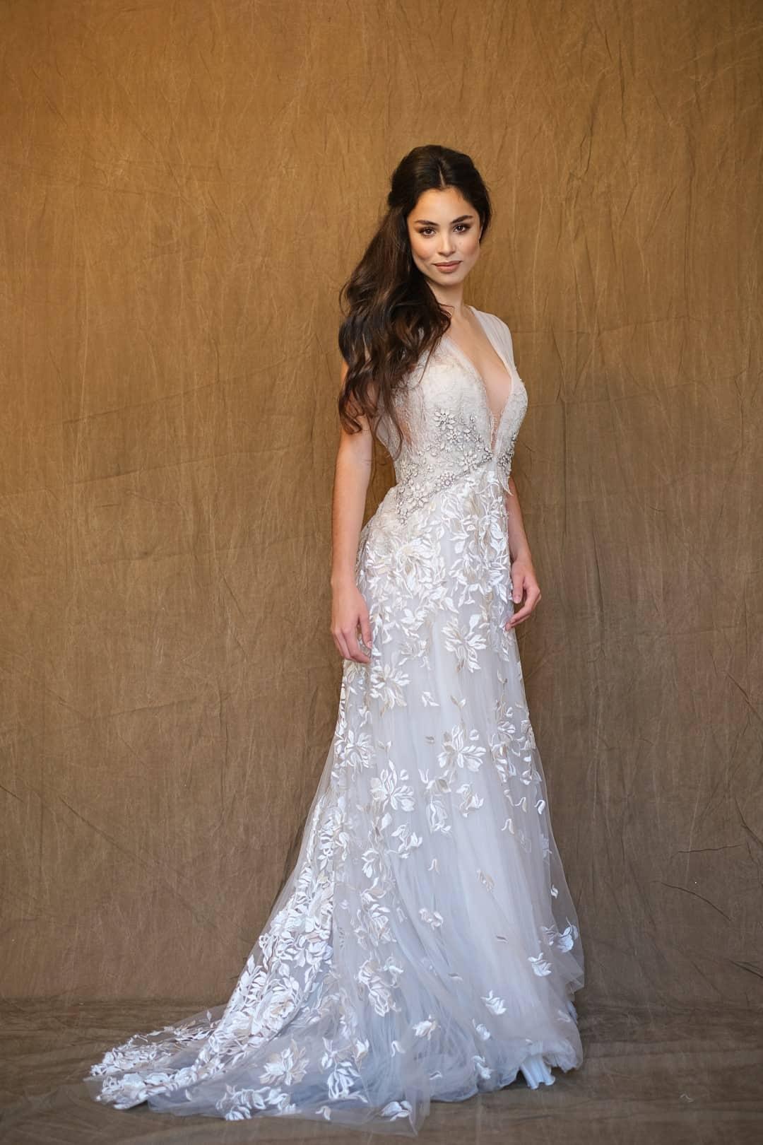 Jemné a romantické svadobné šaty - Marco&Maria - 2017-1017- front