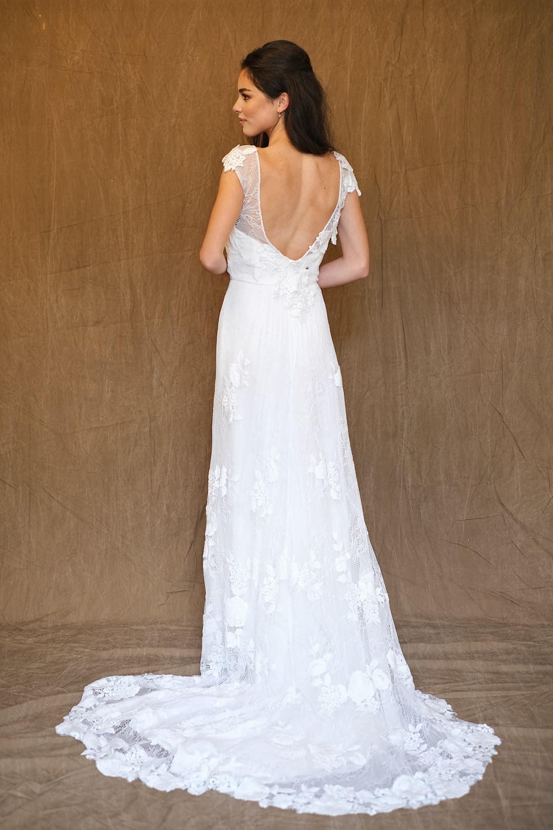 Bohémske svadobné šaty - Inmaculada Garcia - Saki - back