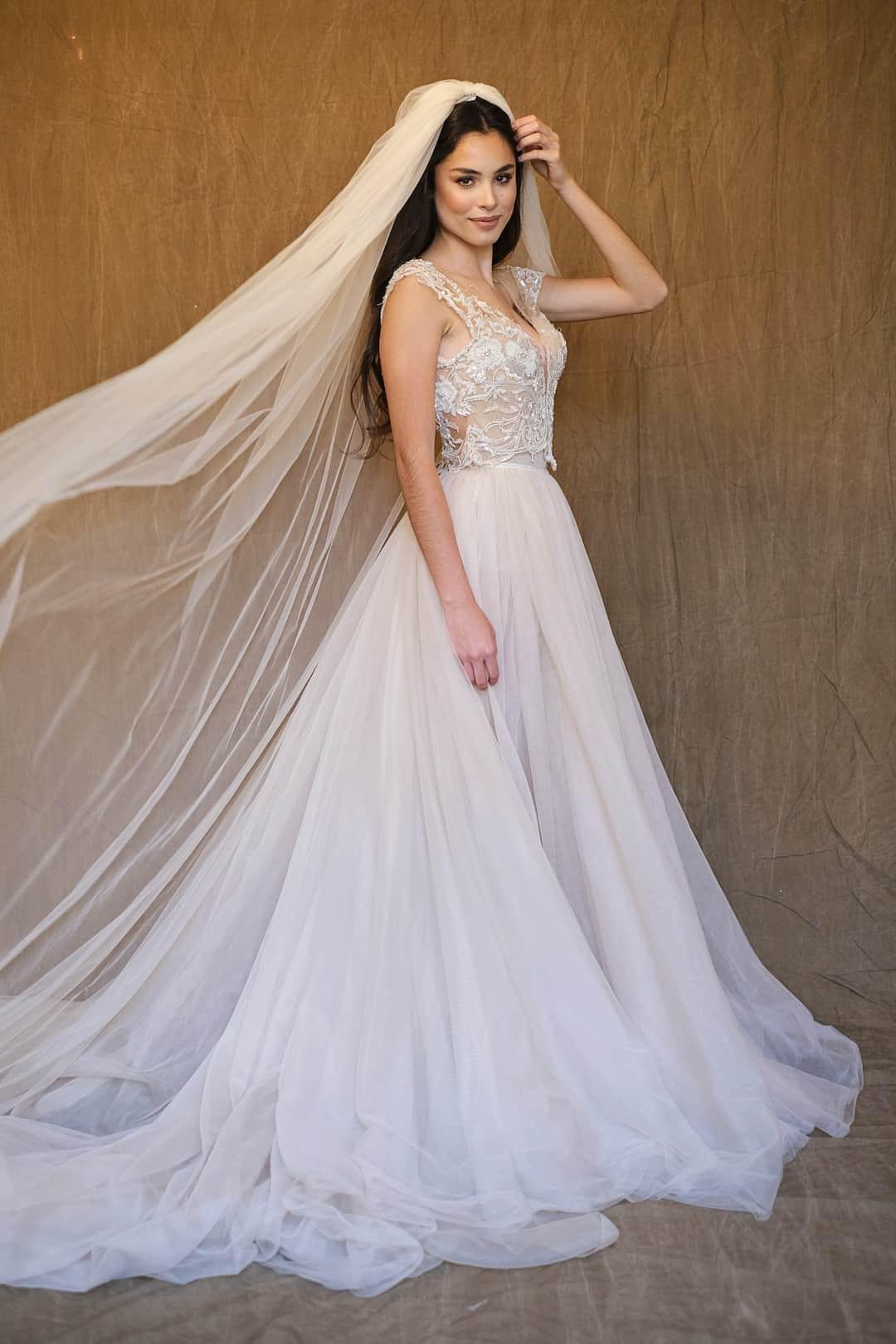 Haute Couture Eskuvoi Ruhak - Galia Lahav - Gala 607 - front