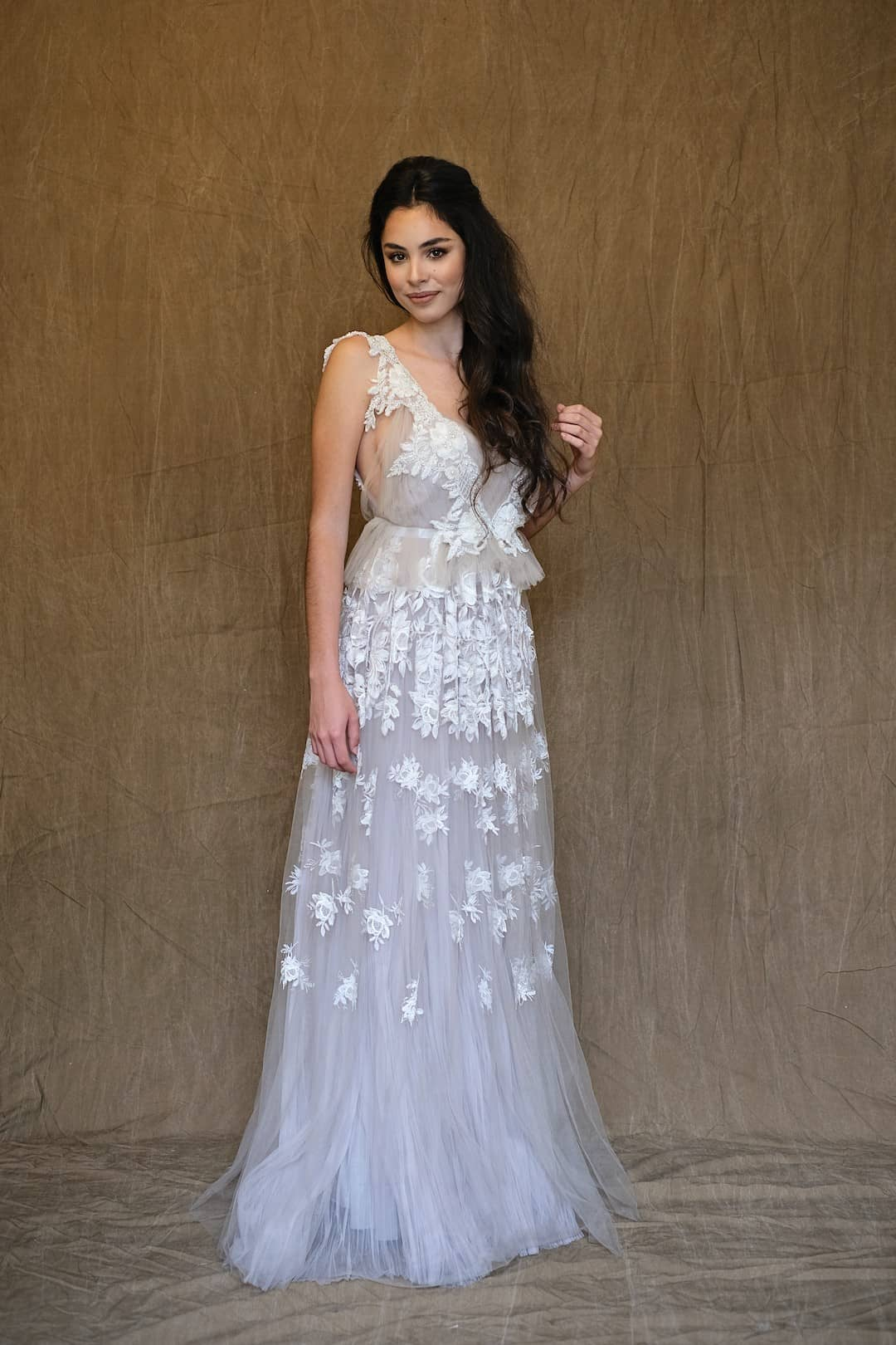 Romantic wedding dress - Marco&Maria - 2017-1018 - front