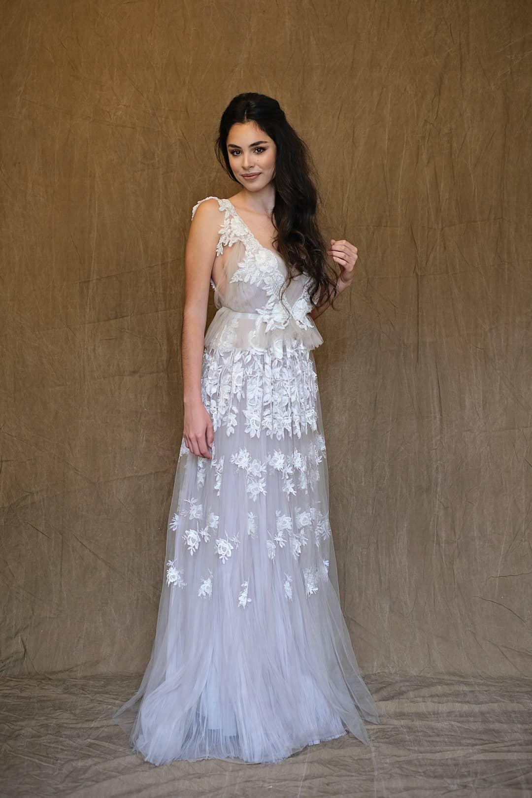 Romantikus menyasszonyi ruhák - Marco&Maria - 2017-1018 - front