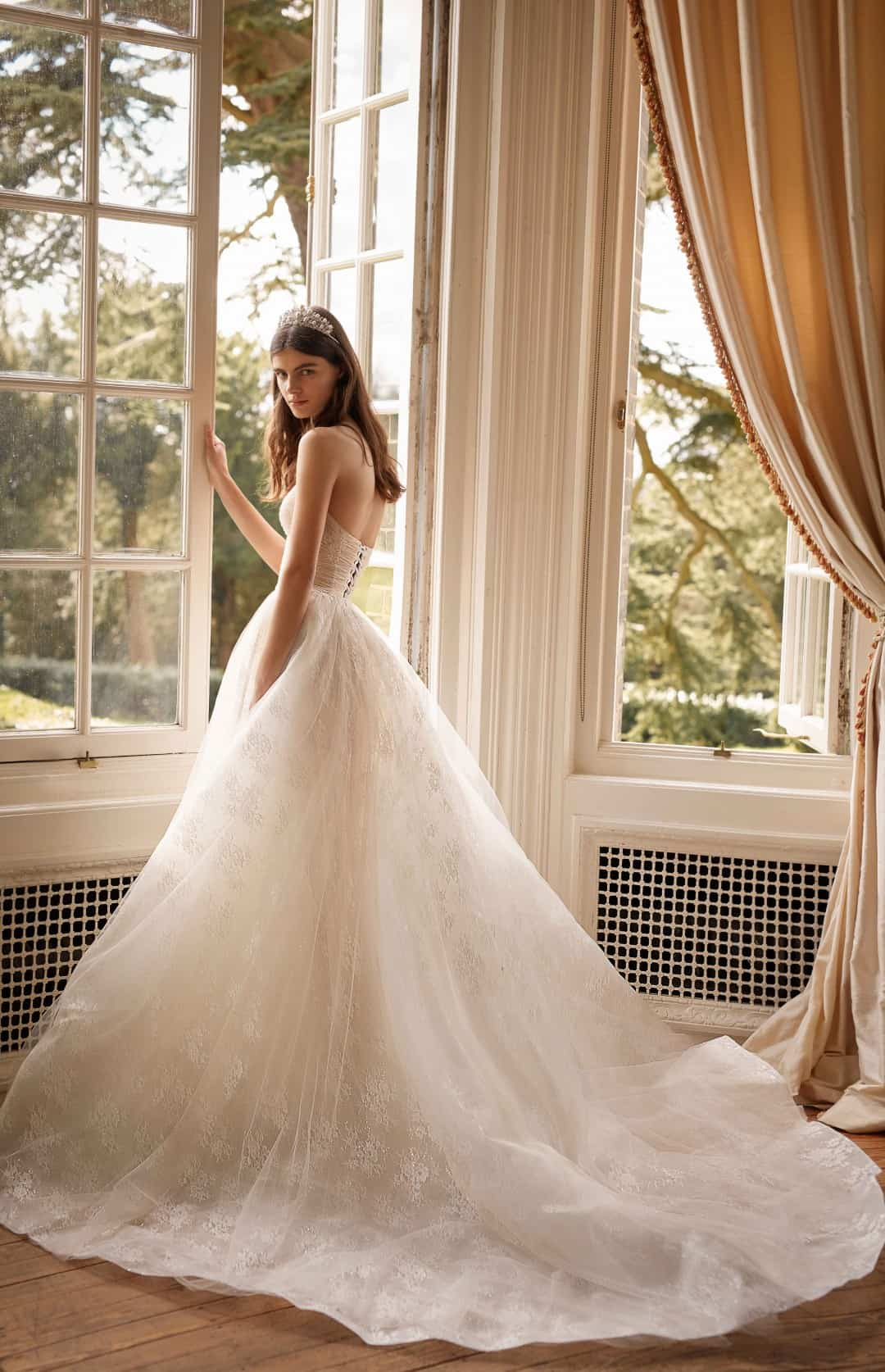Exklusive Brautkleider und Abendkleider - G-506-B
