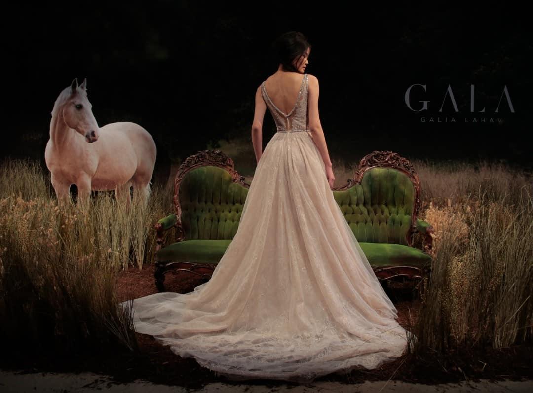 Haute Couture esküvöi ruhák - GALA-711-14